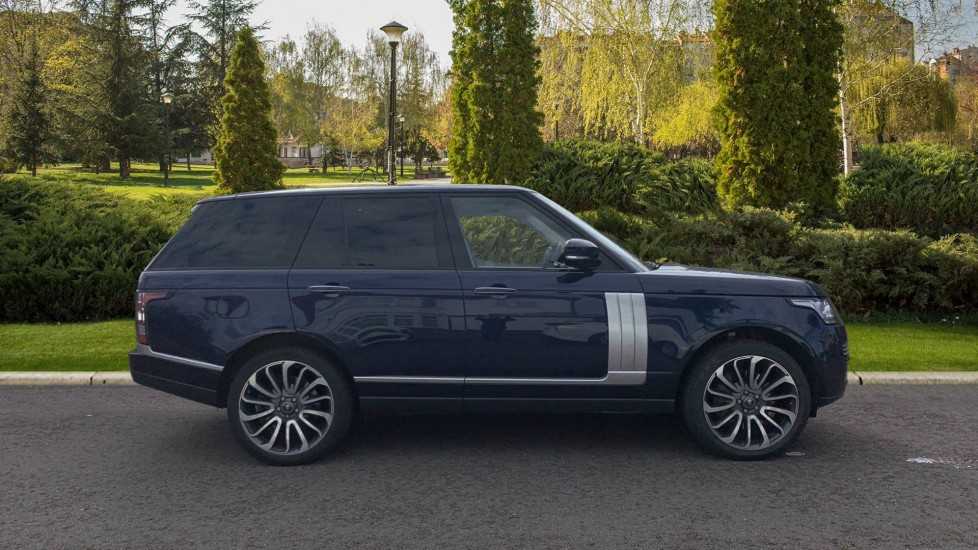 Land Rover Range Rover 5.0 V8 Supercharged Autobiography 4dr image 5