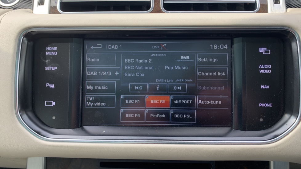 Land Rover Range Rover 5.0 V8 Supercharged Autobiography 4dr image 18