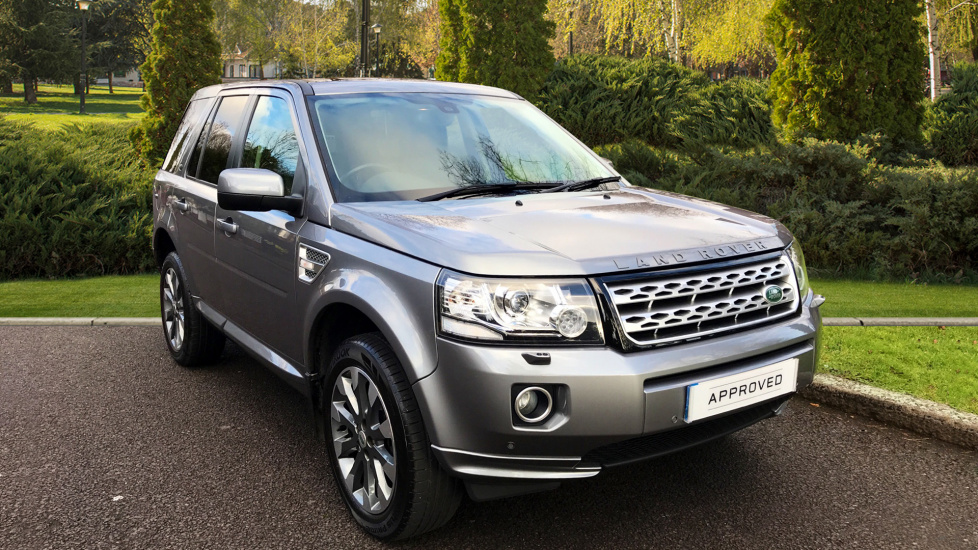 Land Rover Freelander 2.2 SD4 HSE 5dr + Sliding Panoramic Roof Diesel Automatic 4x4 (2014) image