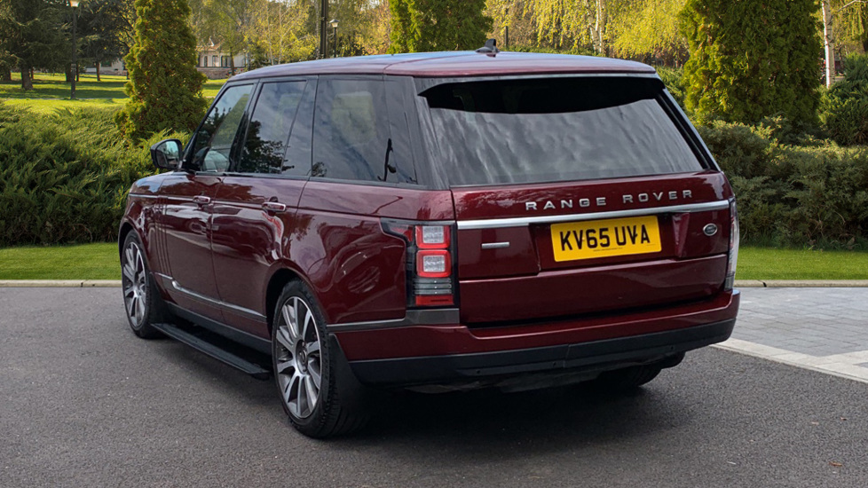 Land Rover Range Rover 4.4 SDV8 Autobiography 4dr - Sliding Panoramic Roof - Privacy Glass -  image 2