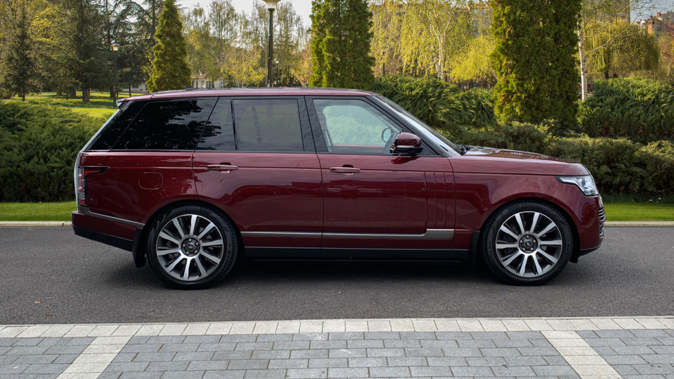 Land Rover Range Rover 4.4 SDV8 Autobiography 4dr - Sliding Panoramic Roof - Privacy Glass -  image 5