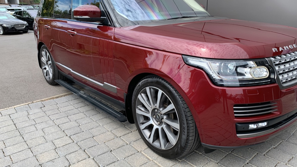 Land Rover Range Rover 4.4 SDV8 Autobiography 4dr - Sliding Panoramic Roof - Privacy Glass -  image 37