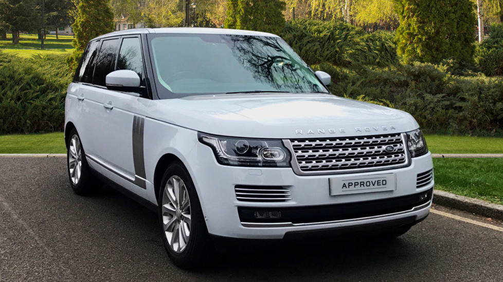 Land Rover Range Rover 3.0 TDV6 Vogue SE 4dr - Fixed Panoramic Roof - Privacy Glass -  Diesel Automatic 5 door Estate (2017) available from Land Rover Swindon thumbnail image