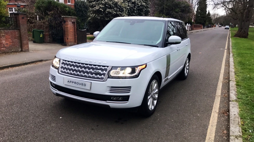 Land Rover Range Rover 3.0 TDV6 Vogue SE 4dr - Fixed Panoramic Roof - Privacy Glass -  image 32
