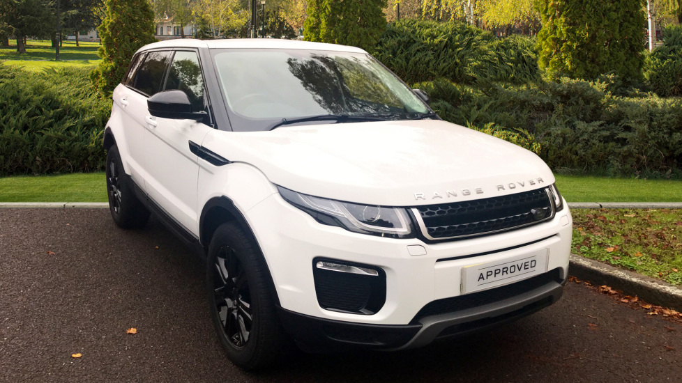 Land Rover Range Rover Evoque 2.0 TD4 SE Tech 5dr - Fixed Panoramic Roof - Privacy Glass -  Diesel Automatic Hatchback (2015) image