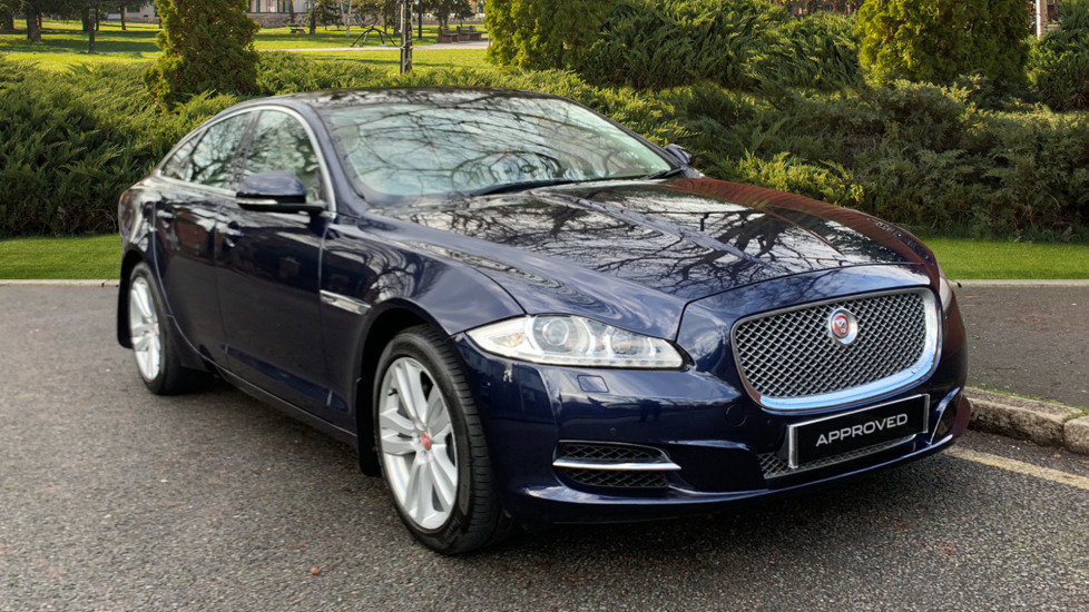 Jaguar XJ 3.0d V6 Premium Luxury [8] - Heated Steering Wheel - Sunroof Diesel Automatic 4 door Saloon (2014) image