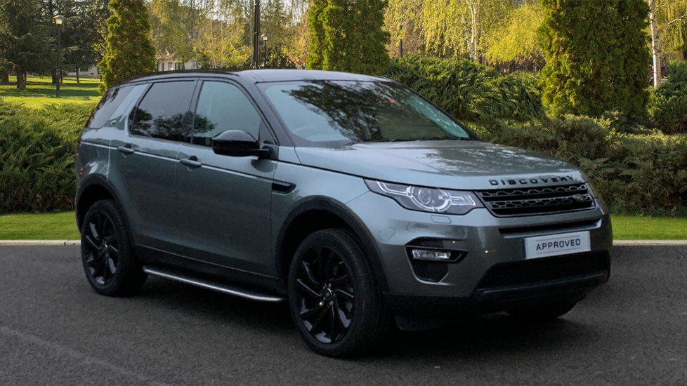 Land Rover Discovery Sport 2.0 TD4 180 HSE Black 5dr - Fixed Panoramic Roof - Black Pack - Privacy Glass - 7 Seats -  Diesel Automatic Estate (2016) image