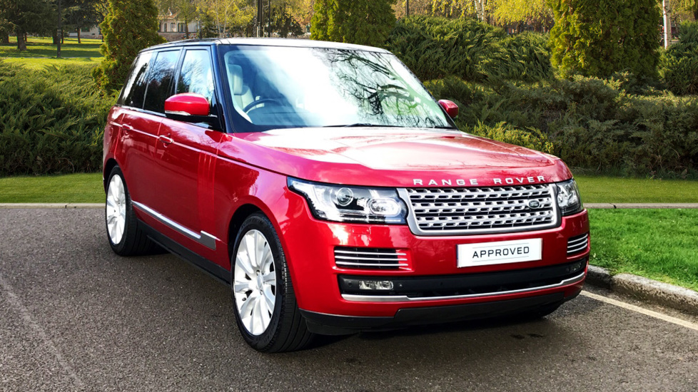 Land Rover Range Rover 4.4 SDV8 Autobiography 4dr - Fixed Panoramic Roof - Privacy Glass - Electric Deployable Side Steps Diesel Automatic 5 door 4x4 (2015) image