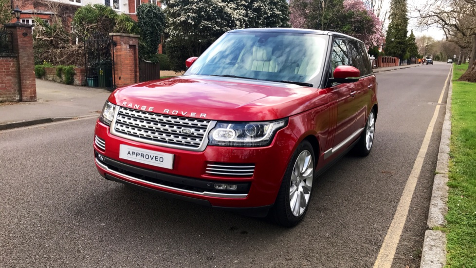 Land Rover Range Rover 4.4 SDV8 Autobiography 4dr - Fixed Panoramic Roof - Privacy Glass - Electric Deployable Side Steps image 31