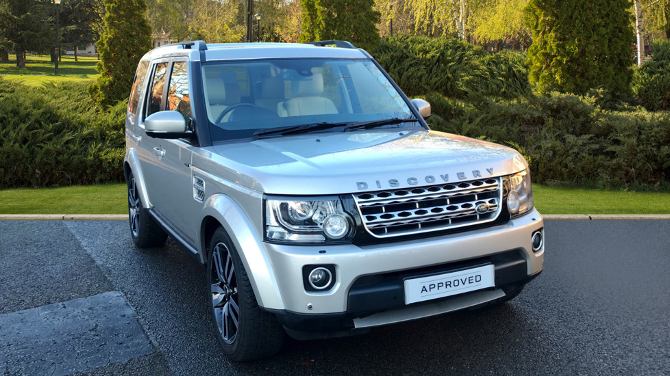 Land Rover Discovery 3.0 SDV6 HSE Luxury 5dr - Sunroof Roof - Privacy Glass -  Diesel Automatic 4x4 (2014) image