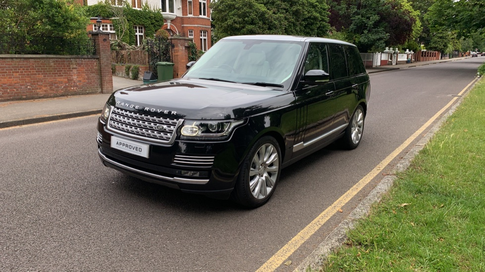 Land Rover Range Rover 4.4 SDV8 Autobiography 4dr - Fixed Panoramic Roof - Privacy Glass -  image 34