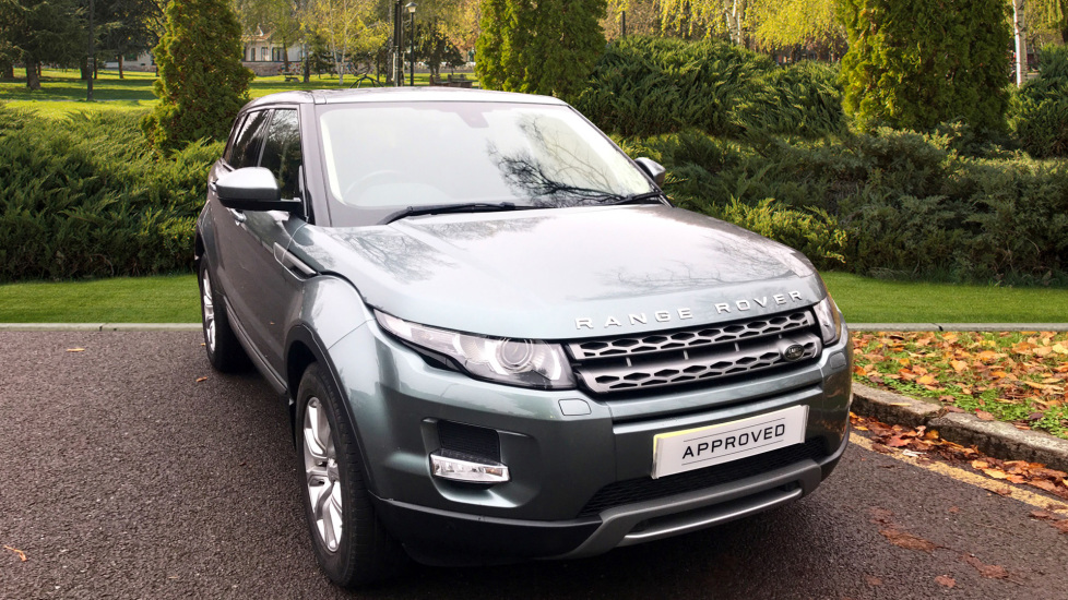 Land Rover Range Rover Evoque 2.2 SD4 Pure 5dr [9] [Tech Pack] - Fixed Panoramic Roof - Privacy Glass -  Diesel Automatic Hatchback (2015) image