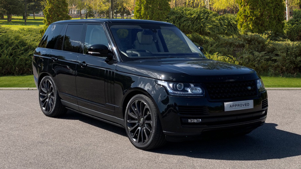 Land Rover Range Rover 4.4 SDV8 Autobiography 4dr - Sliding Panoramic Roof - Privacy Glass - Rear Seat Entertainment Diesel Automatic 5 door Estate (2106) image