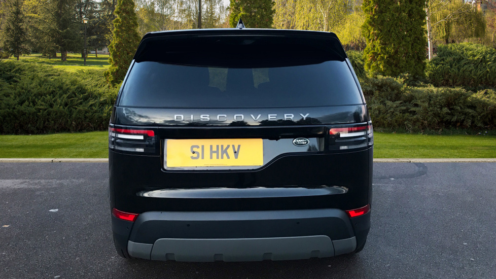 Land Rover Discovery 3.0 TD6 SE 5dr - 7 Seats - Electric Panoramic Roof - Privacy Glass -  image 6