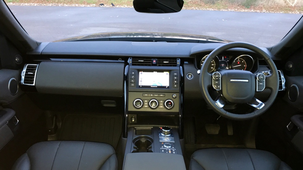 Land Rover Discovery 3.0 TD6 SE 5dr - 7 Seats - Electric Panoramic Roof - Privacy Glass -  image 9