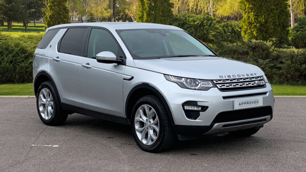 Land Rover Discovery Sport 2.0 TD4 180 HSE 5dr - Fixed Panoramic Roof - Privacy Glass - 5+2 Seats -  Diesel Automatic 4x4 (2016) image