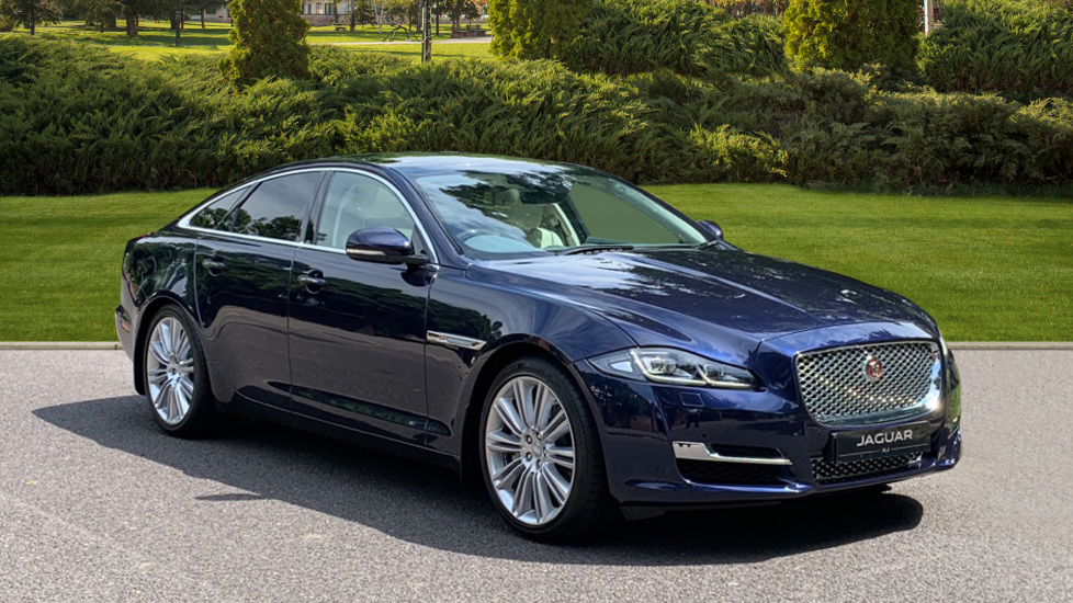 Jaguar XJ 3.0d V6 Premium Luxury -  Great Savings of *** £24,770*** Off Normal List Price.  Diesel Automatic 5 door Saloon (2015) at Jaguar Woodford thumbnail image