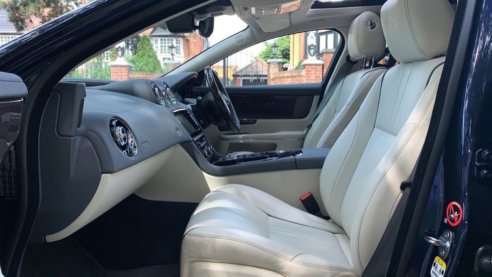 Jaguar XJ 3.0d V6 Premium Luxury -  Great Savings of *** £24,770*** Off Normal List Price.  image 3