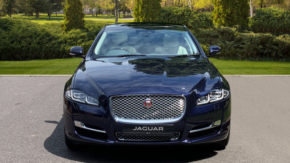 Jaguar XJ 3.0d V6 Premium Luxury -  Great Savings of *** £24,770*** Off Normal List Price.  image 7