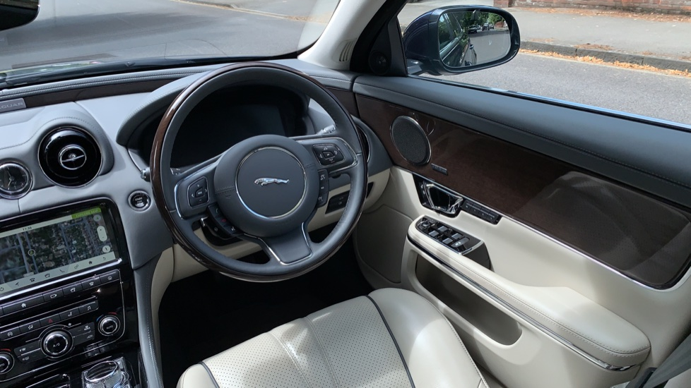 Jaguar XJ 3.0d V6 Premium Luxury -  Great Savings of *** £24,770*** Off Normal List Price.  image 10