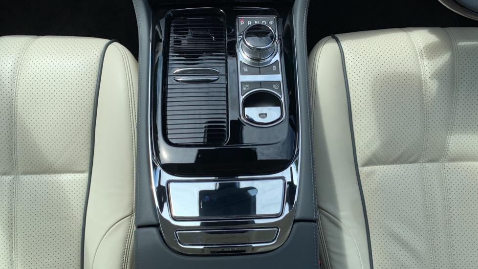 Jaguar XJ 3.0d V6 Premium Luxury -  Great Savings of *** £24,770*** Off Normal List Price.  image 11