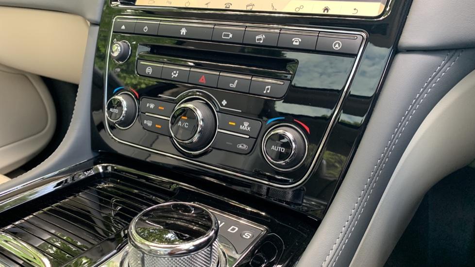 Jaguar XJ 3.0d V6 Premium Luxury -  Great Savings of *** £24,770*** Off Normal List Price.  image 12