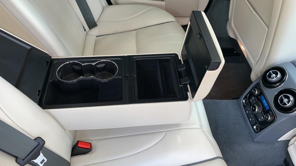 Jaguar XJ 3.0d V6 Premium Luxury -  Great Savings of *** £24,770*** Off Normal List Price.  image 30