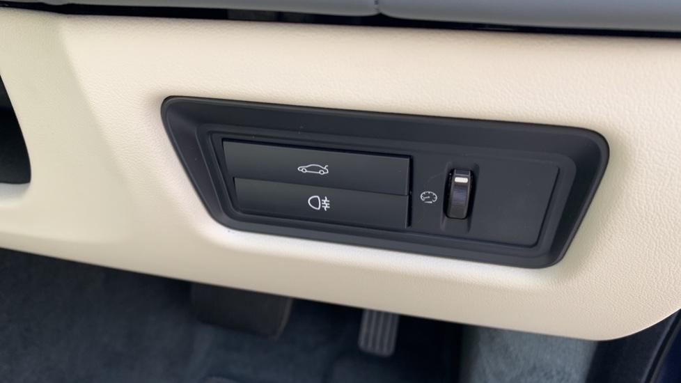 Jaguar XJ 3.0d V6 Premium Luxury -  Great Savings of *** £24,770*** Off Normal List Price.  image 37