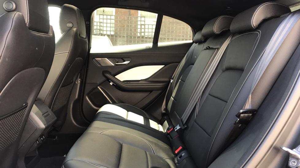 Jaguar I-PACE 90kWh EV400 SE image 4