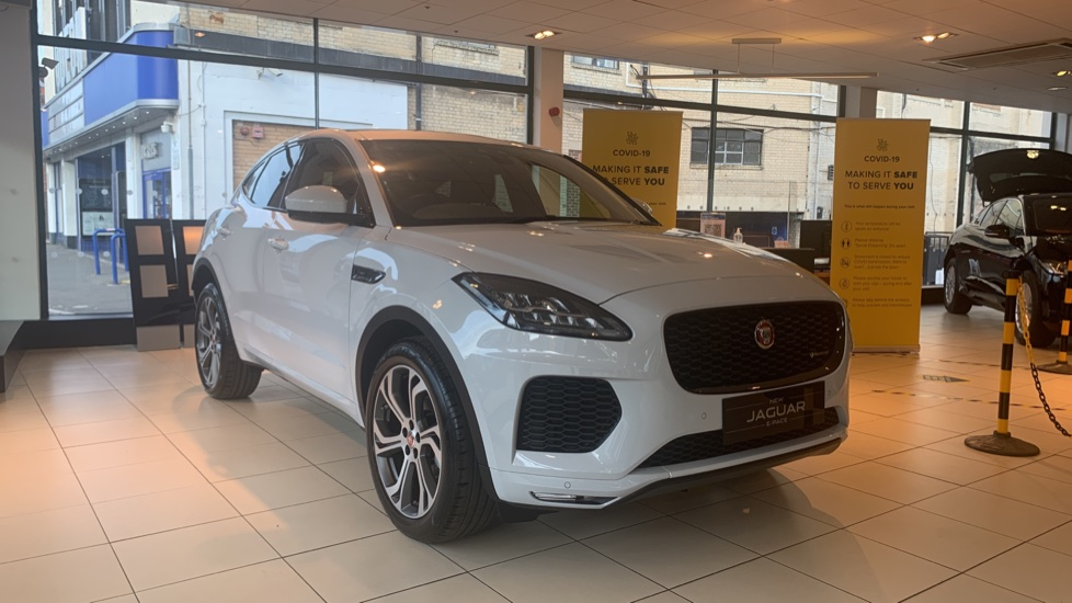 Jaguar E-PACE 2.0d Chequered Flag Edition SPECIAL EDITIONS image 1