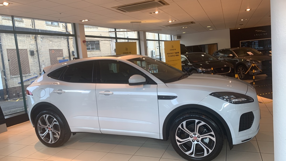 Jaguar E-PACE 2.0d Chequered Flag Edition SPECIAL EDITIONS image 5