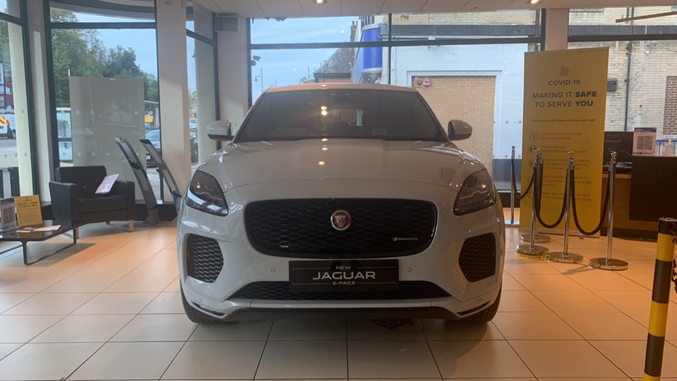 Jaguar E-PACE 2.0d Chequered Flag Edition SPECIAL EDITIONS image 7
