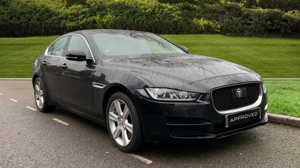 Jaguar XE 2.0 [300] Portfolio AWD Automatic 4 door Saloon (18 MY)