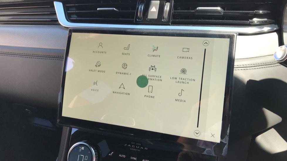 Jaguar F-PACE 5.0 V8 550 SVR AWD image 14