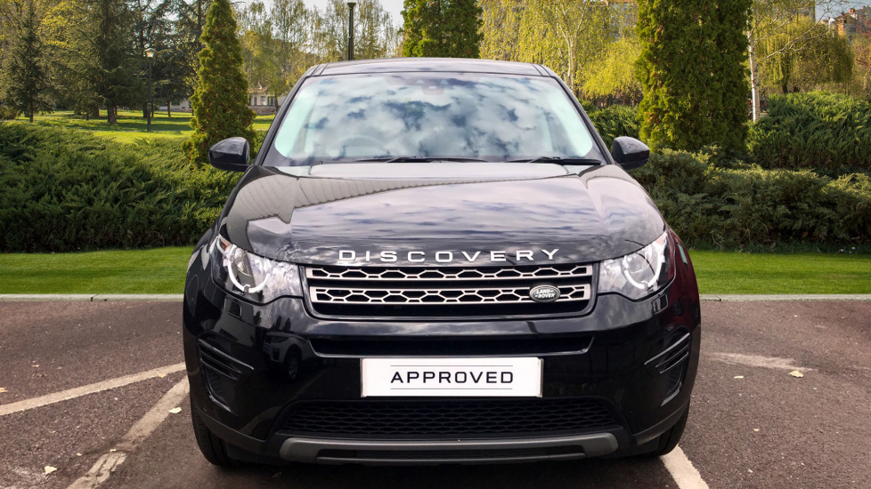 Land Rover Discovery Sport 2.0 TD4 180 SE 5dr - 5+2 Seatings - Privacy Glass - Fixed Panoramic Roof - Nearly New -   image 7