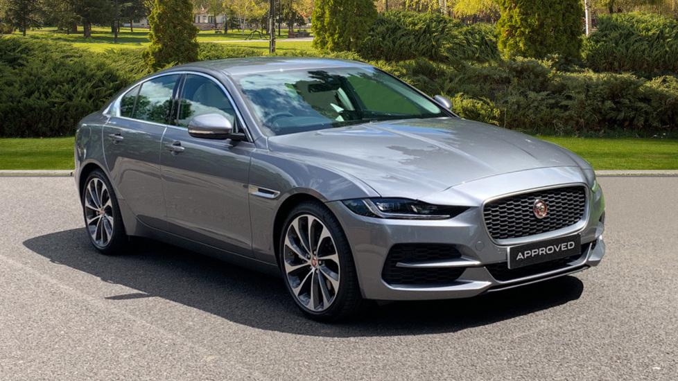 Jaguar XE 2.0 S - Privacy Glass - New Interior Shape - ** Demo Car ** Automatic 4 door Saloon (2019) image