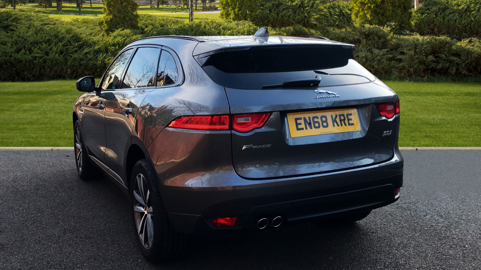 Jaguar F-PACE 2.0d R-Sport 5dr AWD - Fixed Panoramic Roof - Privacy Glass -  image 2