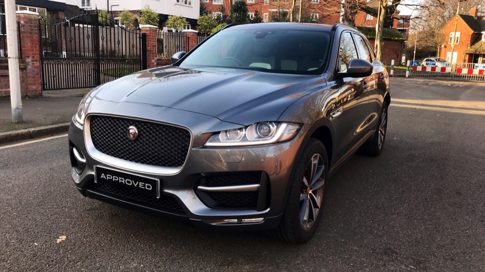 Jaguar F-PACE 2.0d R-Sport 5dr AWD - Fixed Panoramic Roof - Privacy Glass -  image 31