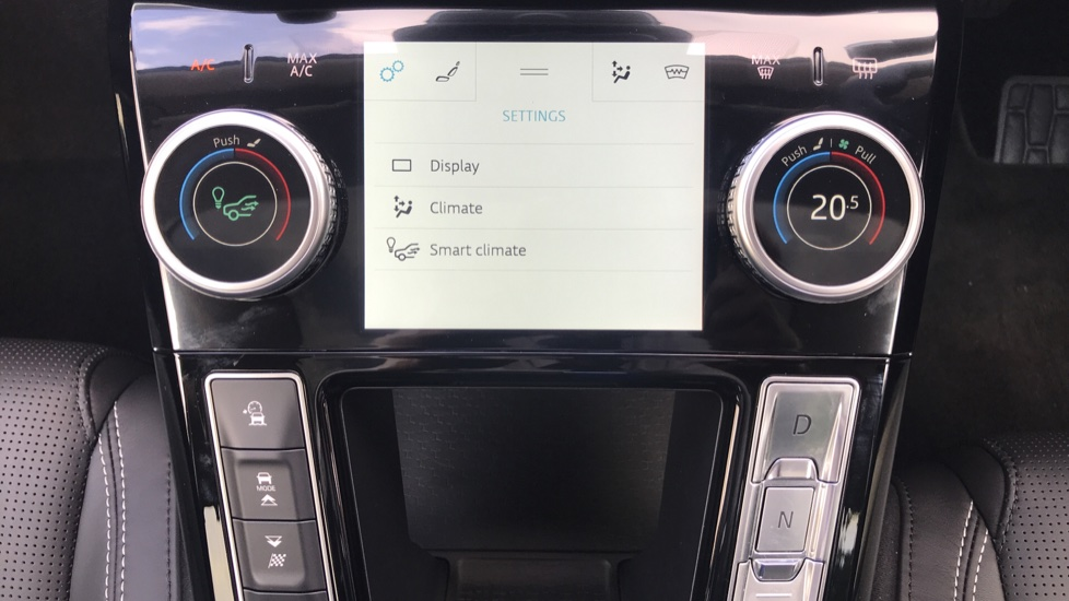 Jaguar I-PACE 294kW EV400 SE 90kWh - Fixed Panoramic Roof - Privacy Glass -  image 13