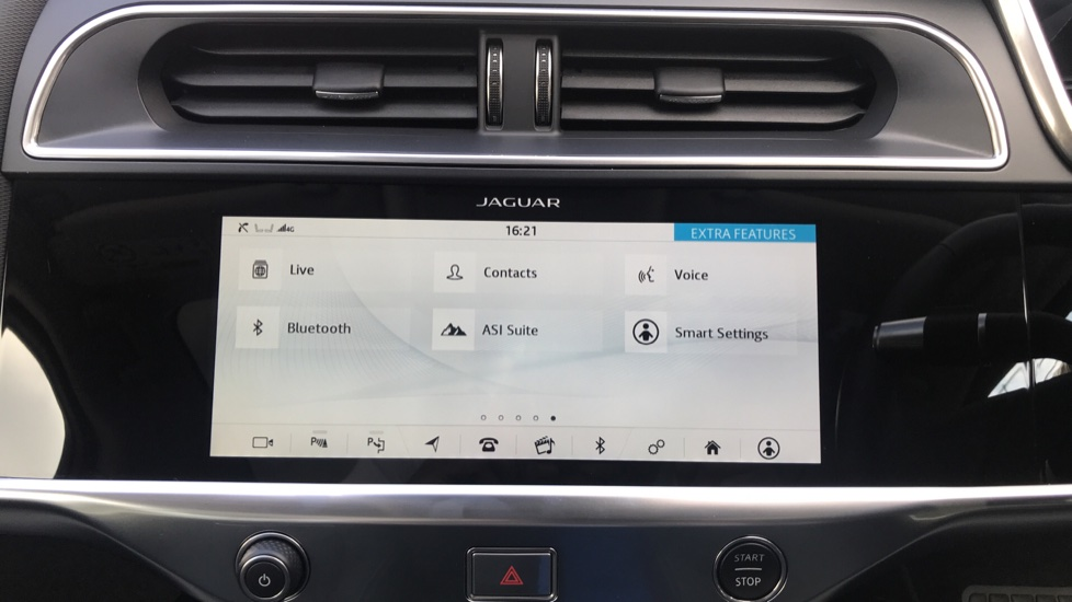 Jaguar I-PACE 294kW EV400 SE 90kWh - Fixed Panoramic Roof - Privacy Glass -  image 18
