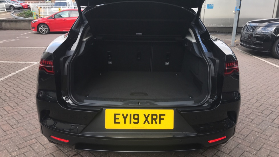 Jaguar I-PACE 294kW EV400 SE 90kWh - Fixed Panoramic Roof - Privacy Glass -  image 26