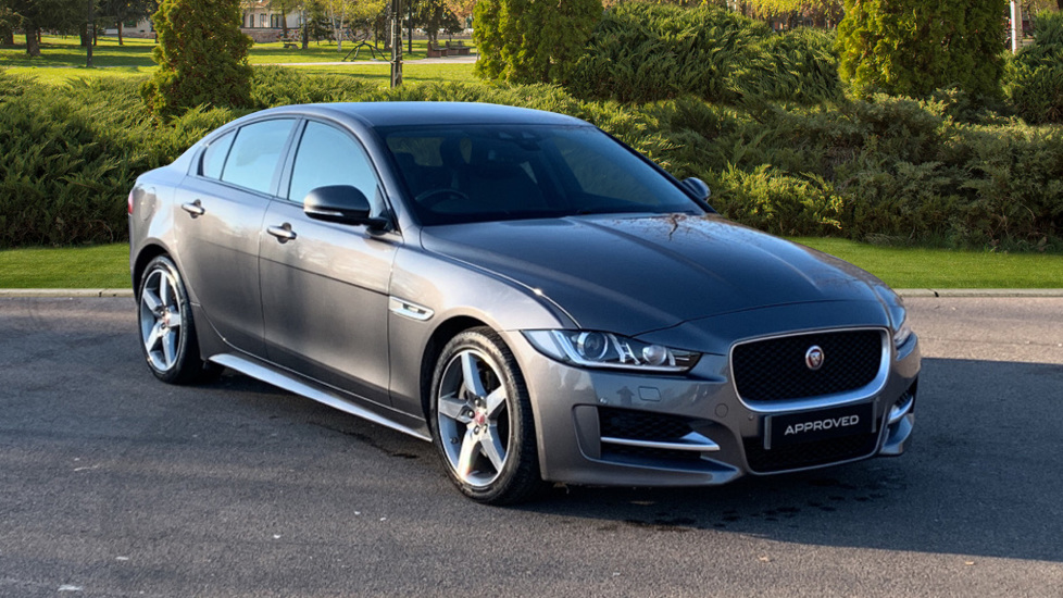 Jaguar XE 2.0 R-Sport -  Sat Nav - Bluetooth -  Rear View Camera -  Automatic 4 door Saloon (2015)