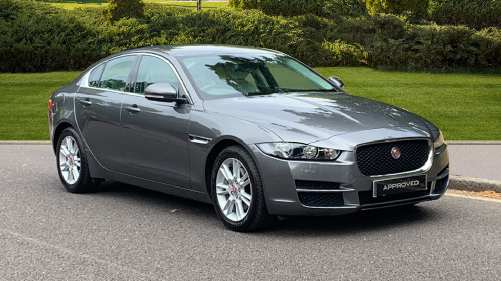 Jaguar XE 2.0 Prestige - SAT NAV - Bluetooth - DAB Radio - ***Manager's Offer*** Automatic 4 door Saloon (2016) image