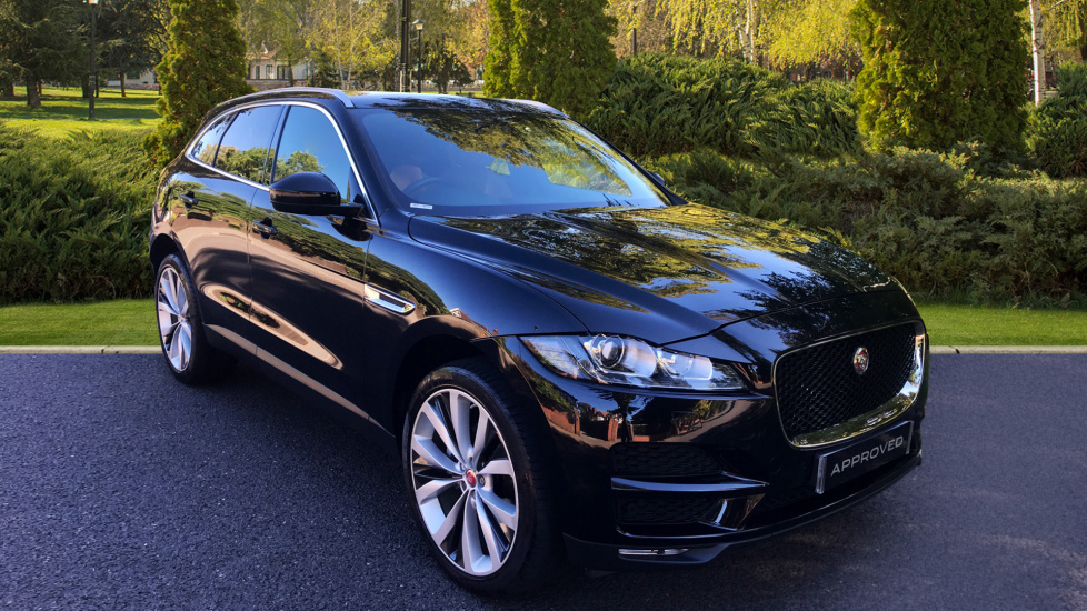 Jaguar F-PACE 2.0d Portfolio 5dr AWD - Privacy Glass - Fixed Panoramic Roof -  Diesel Automatic Estate (2016)