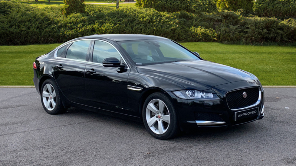 Jaguar XF 2.0d [180] Portfolio - Sat Nav - Rear View Camera - Heated Front Seats -  Diesel Automatic 4 door Saloon (2015) image