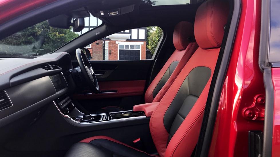 JAGUAR XF V6 S SALOON, DIESEL, In RED, 2016   Image 29