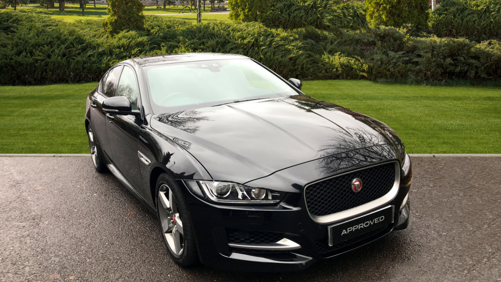 Jaguar XE 2.0d [180] R-Sport - Sliding Panoramic Roof - Privacy Glass -  Diesel Automatic 4 door Saloon (2018) at Jaguar Woodford thumbnail image