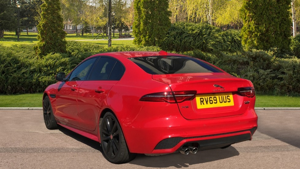 Jaguar XE 2.0d R-Dynamic S with Reverse Camera and Heated Seats image 2