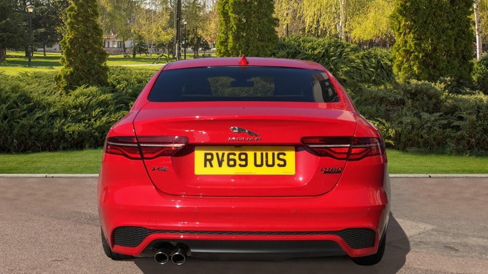 Jaguar XE 2.0d R-Dynamic S with Reverse Camera and Heated Seats image 6