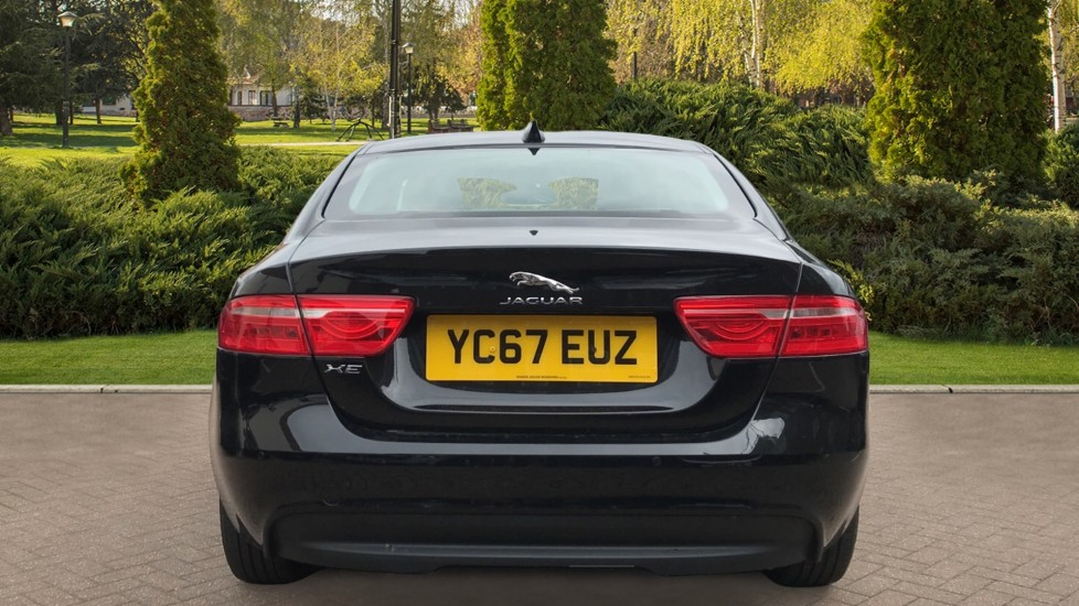 Jaguar XE 2.0d Prestige with Heated Seats and Parking Sensors image 6